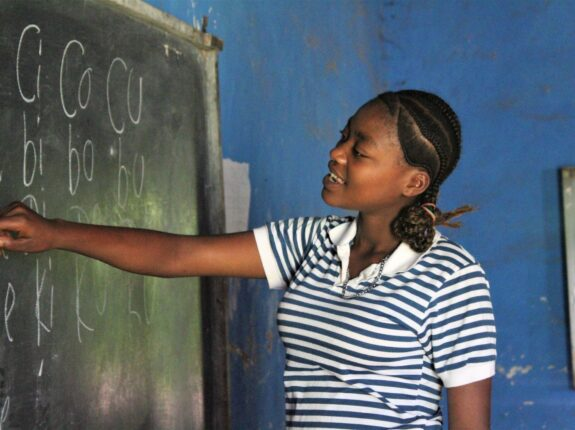 Helping girls staying in school in Ethiopia